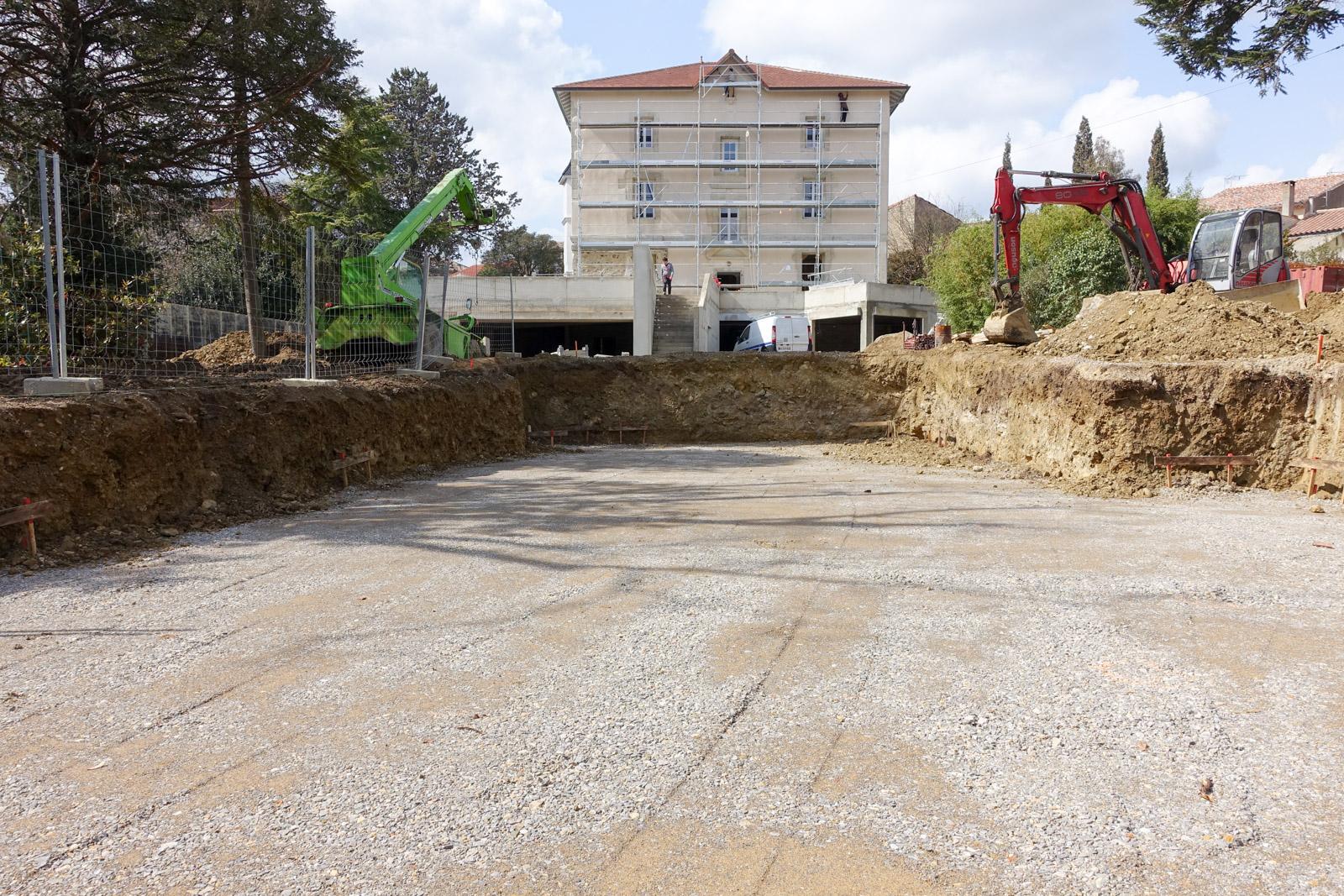 Etude et construction de la piscine du Château d'Autignac