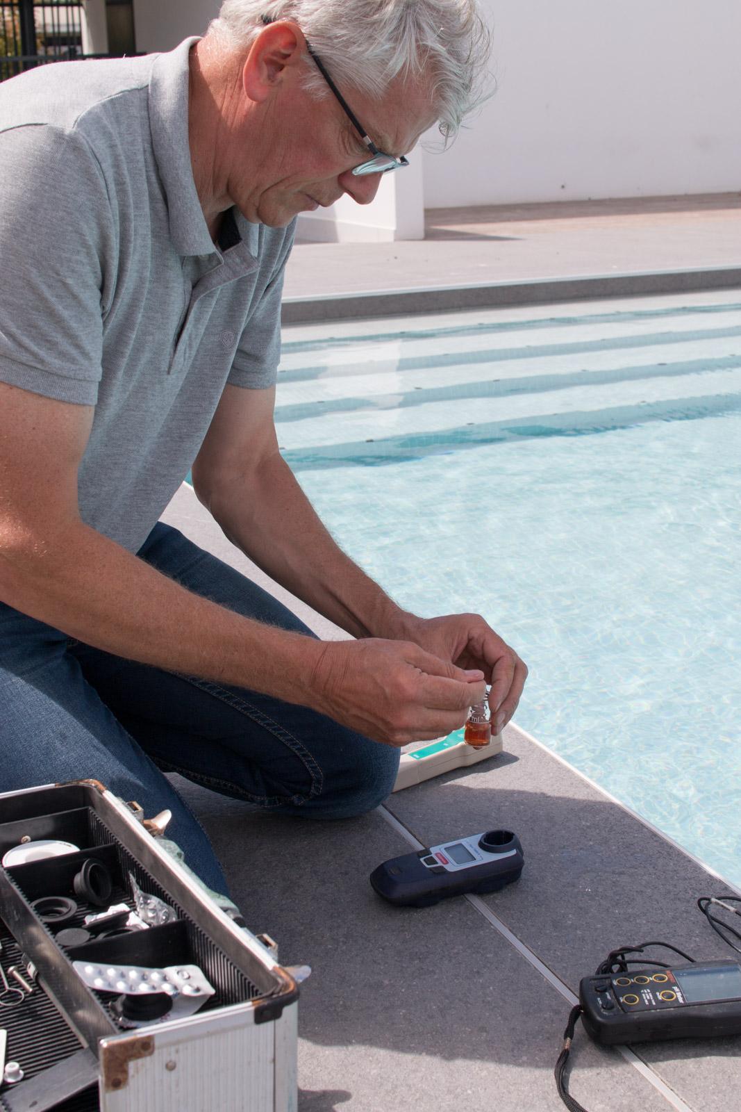 Coté Bleu peut vous fournir, installer et dépanner tout l'équipement nécessaire pour votre piscine